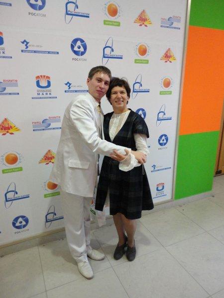 Фото к В Информационном центре поздравили учителей