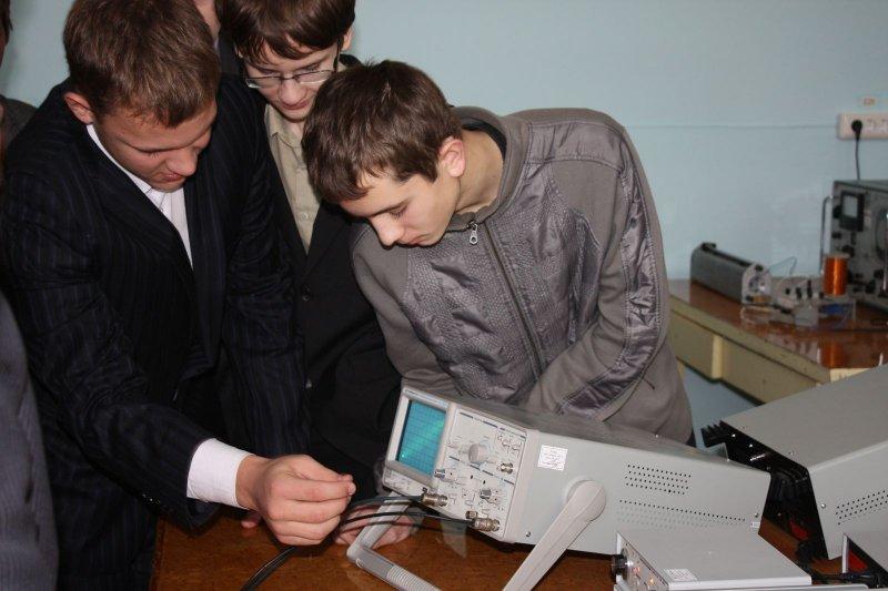 Фото к Молодых карьеристов встретили в СФТИ НИЯУ МИФИ
