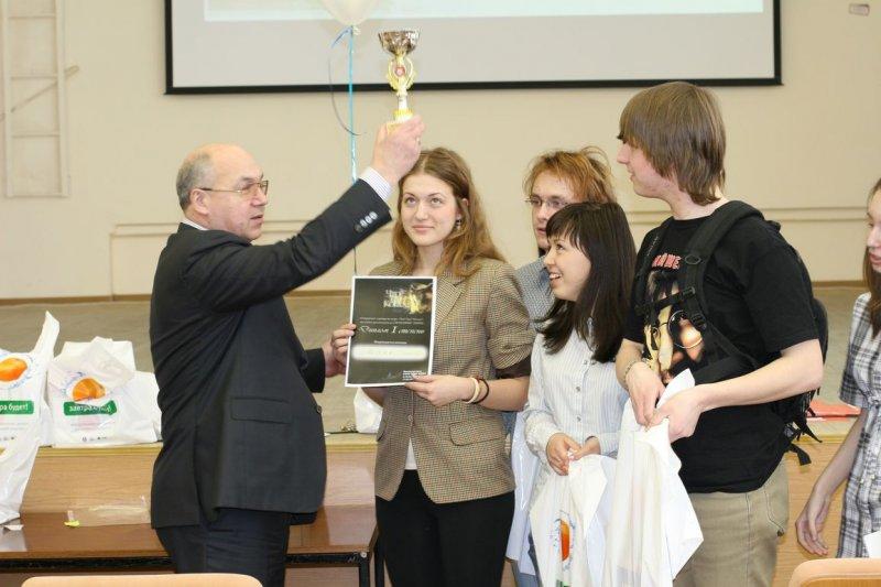 Фото к Студенты и школьники узнали что такое «пушистые множества» и «физические крестики-нолики»