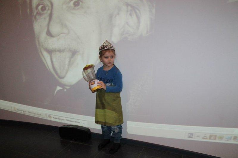 Фото к День рождения Эйнштейна отметили  в Информационном центре атомной отрасли