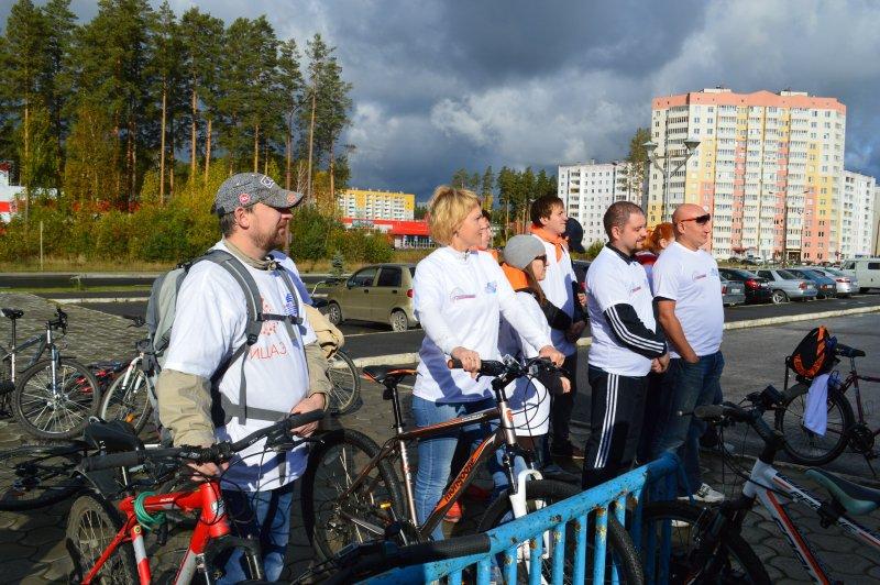 Фото к «Атомный велопробег-2015»: всероссийская эстафета к юбилею атомной отрасли
