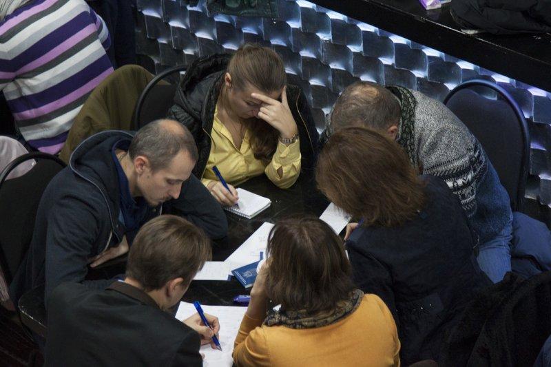 Фото к Прошел региональный этап чемпионата «Что? Где? Когда?» среди предприятий атомной отрасли